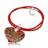 Náhrdelník sklo červený, přívěšek zvlněné skleněné srdce