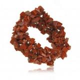 Náramek s kamínky- červený korál, pružný na gumě, 3 cm